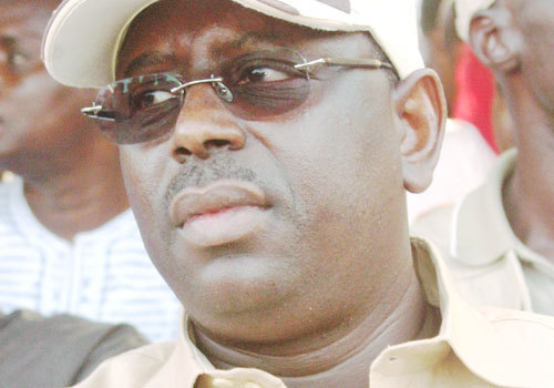 Le prsident Macky SALL entre lambition de servir et les calculs opportunistes.