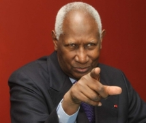En hommage  Diouf, le Sngal candidat pour le Sommet de l'OIF en 2014
