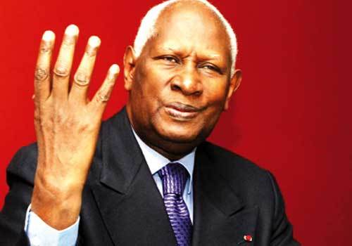 Abdou Diouf adhre  une intervention militaire au Mali : On ne peut accepter une Rpublique islamiste dans ce pays