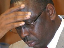Macky Sall demande  ses dputs de le soutenir plutt que de laffaiblir