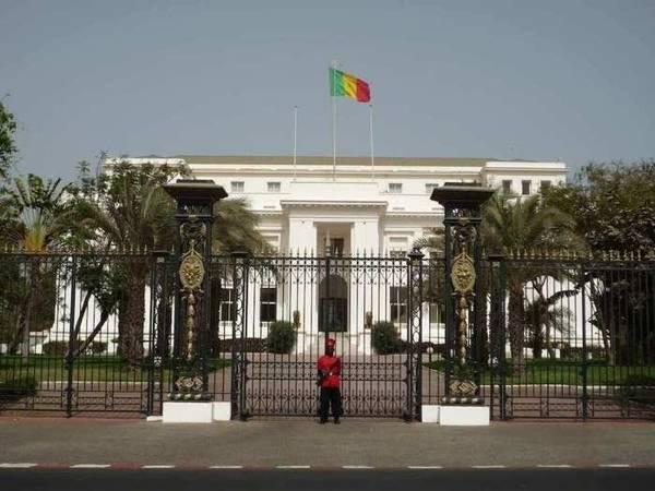 Macky annonce la construction d'un nouveau palais présidentiel à Diamniadio