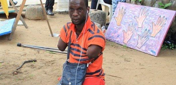 Traoré Adama, le peintre ''sans bras'', la curiosité du MASA 2018