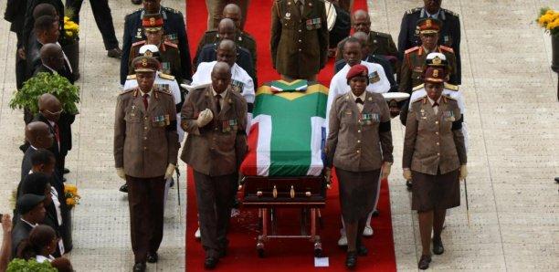 Funérailles de Winnie Mandela : Bataille en coulisses entre l'ANC et la famille