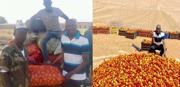Aly Ngouille expose les récoltes de sa ferme agricole