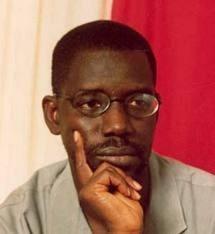 Ils n'arrêteront pas la mer de la nouvelle République en marche avec les bras de la rue publique des gourdins! (Madièye Mbodji)