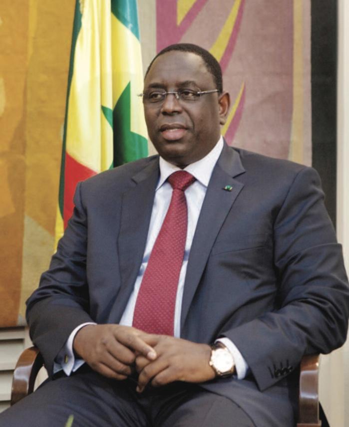 """Apr: Macky Sall """"approuve"""" l'exclusion de Moustapha Diakhaté"""