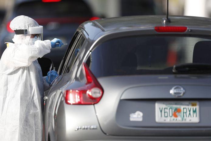 USA : Nouveau record de contaminations au Covid-19 en 24 heures en Floride.