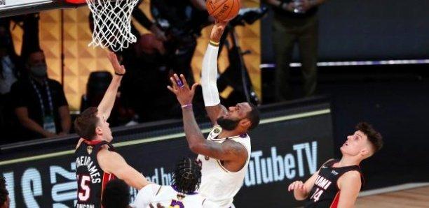 NBA : les Los Angeles Lakers champions 2019-2020, après leur victoire contre Miami dans le match 6