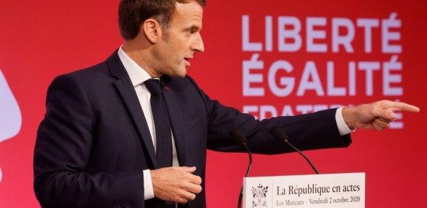 """Professeur décapité : il a été victime d'un """"attentat terroriste islamiste caractérisé"""" affirme Macron"""