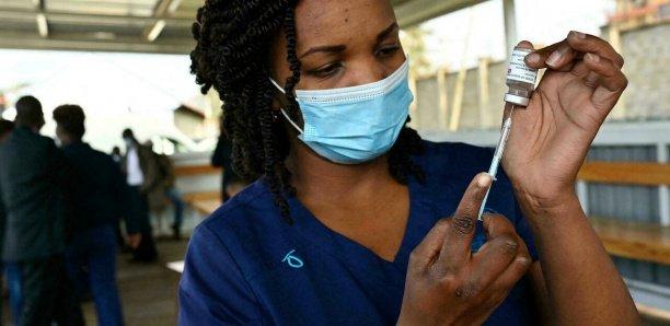 Covid-19 : pourquoi l'épidémie flambe à nouveau dans les pays africains ?