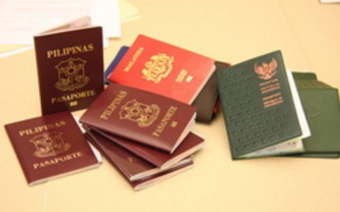 """Trafic de faux passeports européens, américains: La """"boutique"""" de Ndèye Yandé cernée à Nord-Foire"""