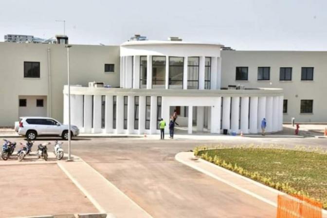 Convoitise de l'électorat Mouride et poker gagnant de Macky Sall: Un bijou de charme pour Touba