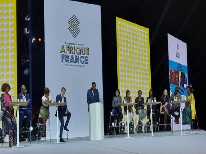 """Sommet Afrique France : Didier Awadi déchire l'invitation de Macron et qualité la rencontre de """"Show Télé"""""""