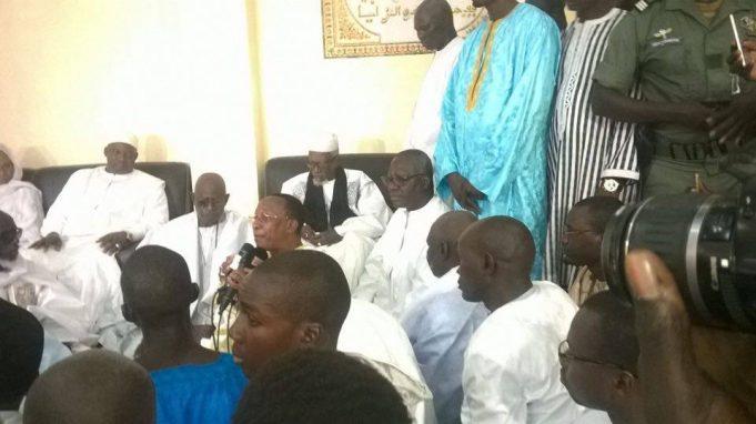 Adama Barrow reçu par Serigne Sidy Makhtar Mbacké à Touba