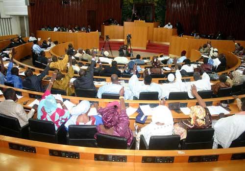 Série d'incendies, rapatriement des sénégalais, fichier électoral: les autres préoccupations des députés