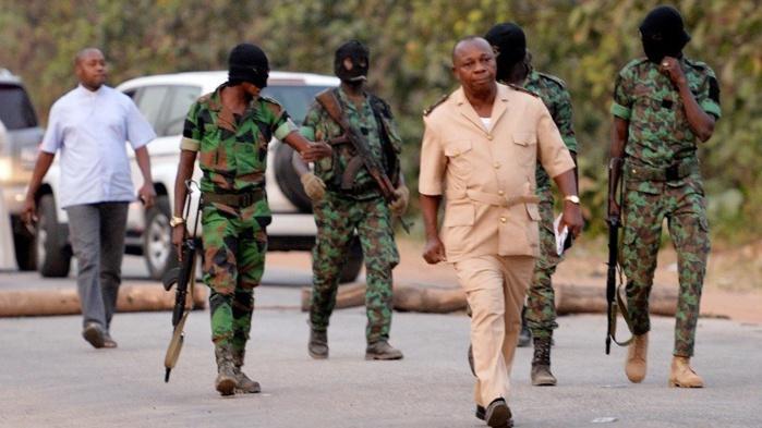 Côte d'Ivoire: trois soldats tués lors de tirs dans un camp militaire