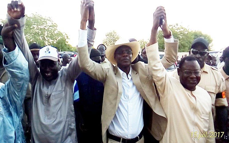 Bambey : Le maire libéral Gana Mbaye et neuf responsables Pds rejoignent l'Apr