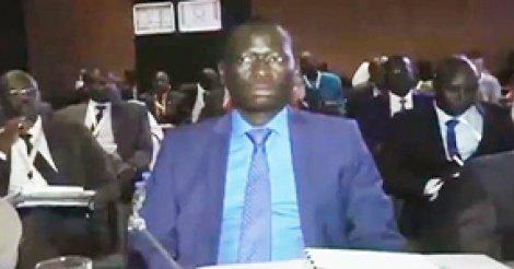 """Macky Sall salue le """"message très positif"""" de Serigne Mboup"""