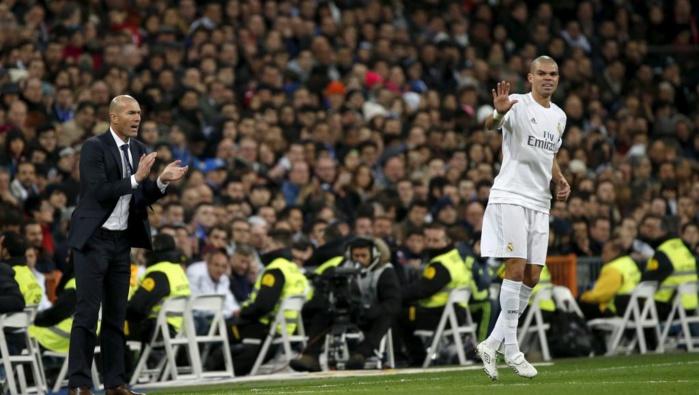 """L'énorme coup de gueule de Zidane: """" C'est une honte quand on parle de vol"""""""