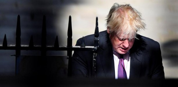 Royaume-Uni: Boris Johnson visé par une enquête après ses propos sur la burqa