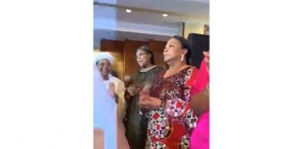 KING FAHD Palace Hôtel: Baaba Maal fait danser Marieme Faye Sall