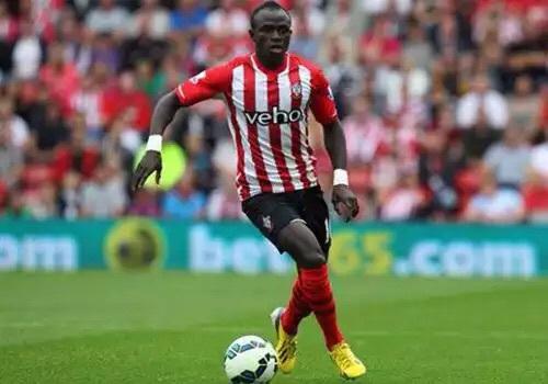 Premier League : Liverpool se relance, Sadio Mané buteur