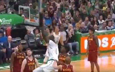 NBA : Tacko Fall fait encore le buzz, tout simplement agréable à voir