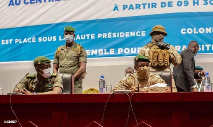 Mali : La Charte de la transition adoptée par les participants des concertations.