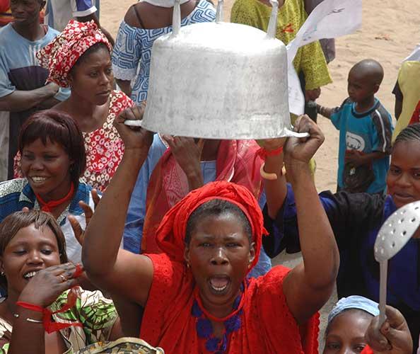 Insécurité alimentaire: 130 millions de personnes menacées de famine, 690 millions déjà sans nourriture