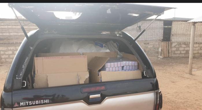 Birkilane : La brigade mobile des douanes de Kaolack procède à la saisie de produits pharmaceutiques d'une valeur de 500 millions de FCFA.