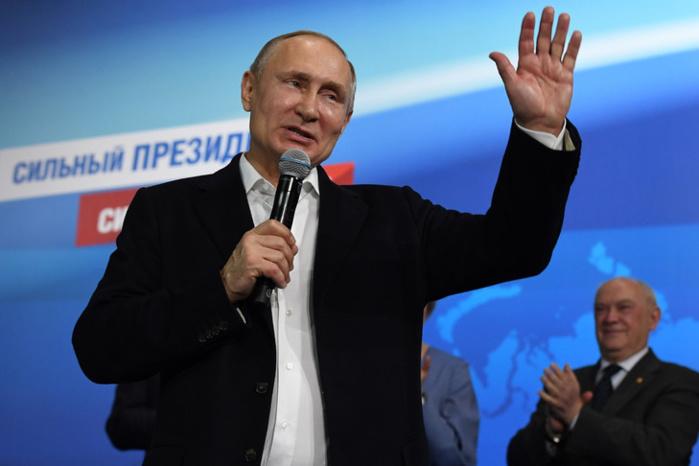Vladimir Poutine pourra rester au pouvoir en Russie jusqu'en 2036