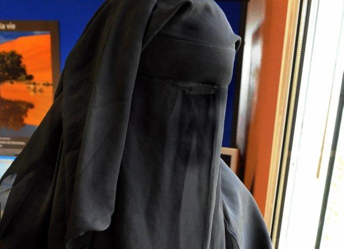 Terrorisme : Aïda Sagna ou le procès de la filière jihadiste du Lac Rose.