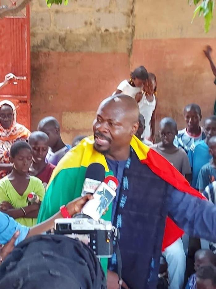 Attaqués à Médina Wandifa / Comment Guy Marius Sagna, Fatima Mbengue et les responsables de Vision Citoyenne ont été exfiltrés par la gendarmerie et l'armée.