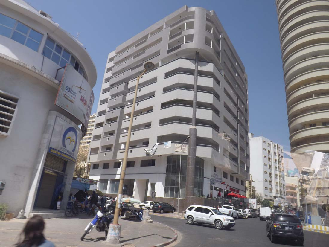 Dakar parmi les 10 villes les plus ch res d afrique - Piscine centre du plateau ...