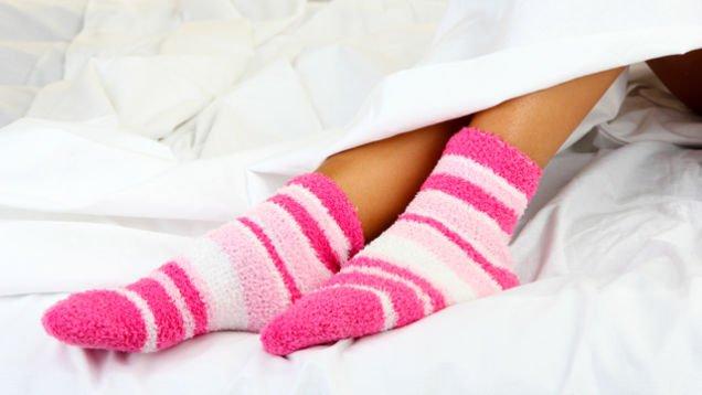 Voici pourquoi vous devez dormir avec vos chaussettes !