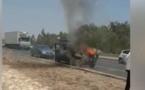 Une voiture prend feu sur le péage