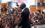 Son ambition d'être le 4eme président du Sénégal  le pousse à user de tous ses moyens pour reconquérir  le cœur  des Sénégalais. Idrissa Seck a très tôt pris d'assaut les rues de Dakar pour  contester la candidature de Wade à l'occasion de la marche