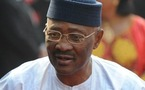 """Dakar annonce des discussions pour un exil du président """"ATT"""""""