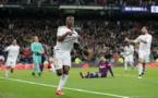 """Clasico : La """"Maison blanche"""" reprend le contrôle de LaLiga (Real Madrid 2-0 Barça)."""