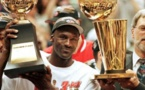 """NBA : Pour Jordan, le 6e titre des Bulls en 1998 a résulté d'une ultime """"année éprouvante"""""""