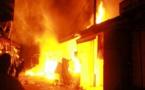 Incendie à Thies : 2 millions FCFA et des bijoux en or emportés par les flammes