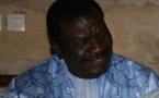 Cheikh Béthio Thioune et sa carte nationale d'identité
