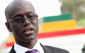 Décret accordant un statut de président honoraire à un ancien président du CESE : Le CRD saisit la justice et charge Macky Sall.