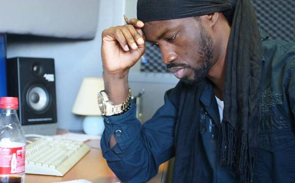 Vidéo: Stefane Kabou crie haro sur le rap galsen et annonce « Cesar » – Regardez.
