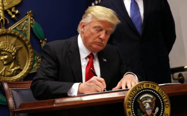 L'actrice porno Stormy Daniels, dont Trump aurait acheté le silence, a tout raconté dans cette interview jamais publiée