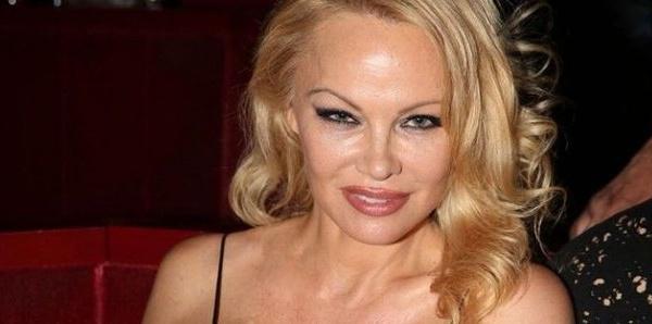 Pamela Anderson entièrement nue sur Instagram : la photo dont tout le monde parle