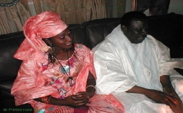 """REGARDEZ. La septième épouse de Cheikh Béthio déclarant sa flamme au marabout: """"Sais-tu que je t'aime ?"""""""