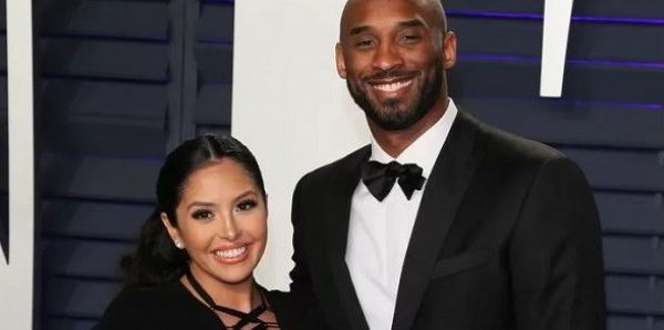 Près d'un an après la mort de Kobe Bryant, sa femme publie un message déchirant sur Instagram