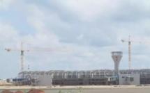AIBD : Les avions ravitaillés au kérosène par des camions