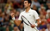 Wimbledon: le match entre Nadal et Djokovic arrêté alors que le Serbe mène 2 sets à 1